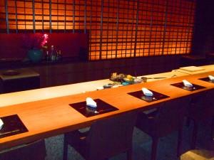 寿司カウンター(写真②)