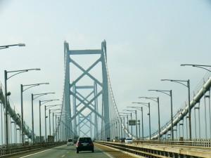 瀬戸大橋を通過中