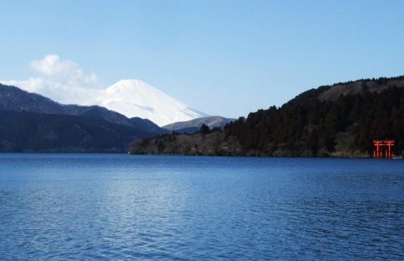 箱根の峠 鳥居・芦ノ湖から2