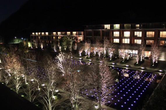 京都八瀬離宮 中庭の夜景
