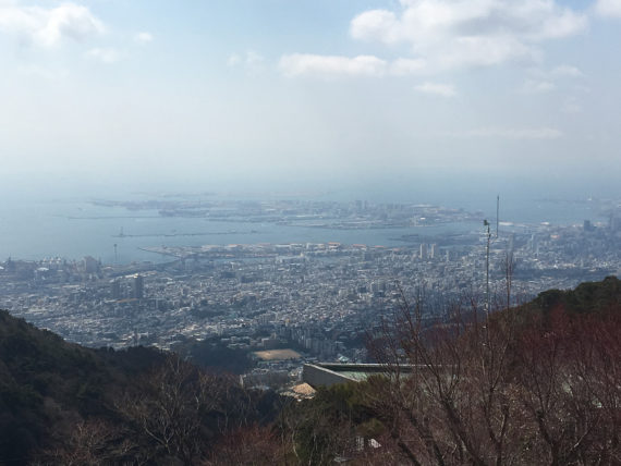 六甲山頂駅からの神戸の街並み